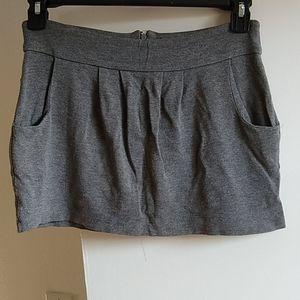 Women's juniors Guess mini skirt Medium